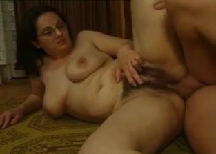 Hottie with glasses blows her son