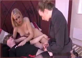 Mom and daughter enjoying incest threesome