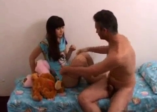 Innocent teen in blue blows her hung dad
